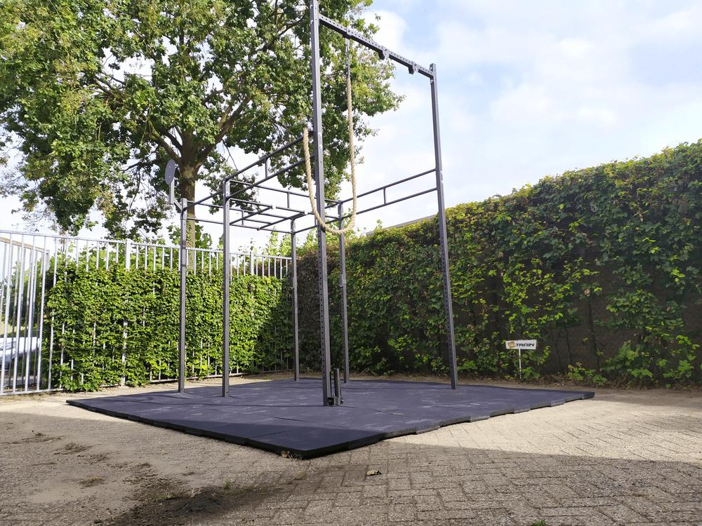 Crossfit-outdoorrack met Duratrain vloer